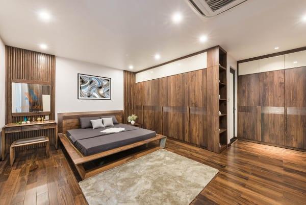 Mẫu giường tủ gỗ óc chó đẹp Việt Á Đông